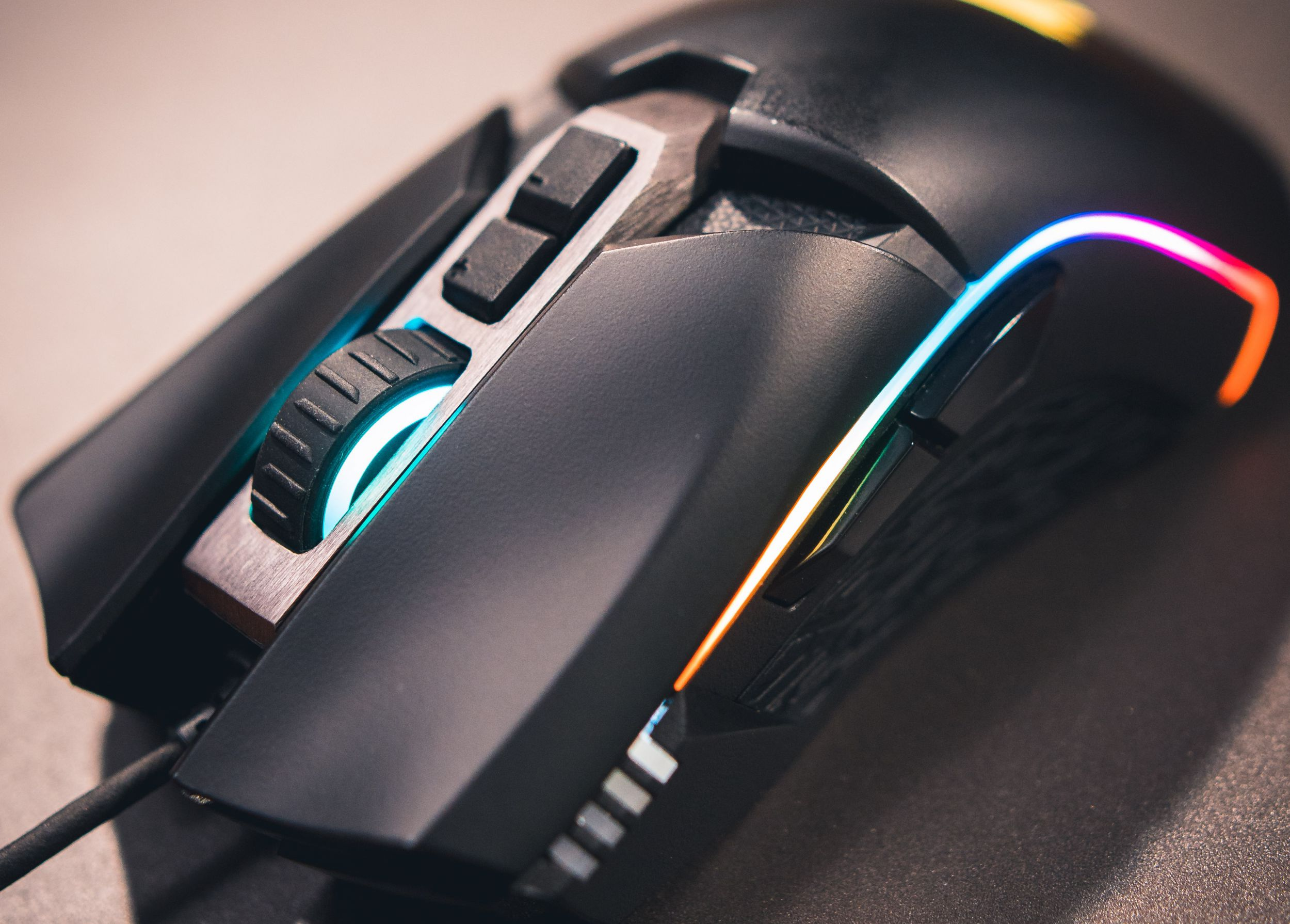 Choosing a Gaming Mouse | AORUS